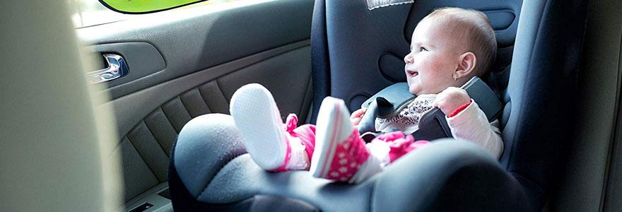 Siège bébé de voiture